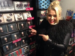 by9nq-xicaafcoi-300x225 Kim Wilde - Wilde Winter Songbook dans Discographie 2013